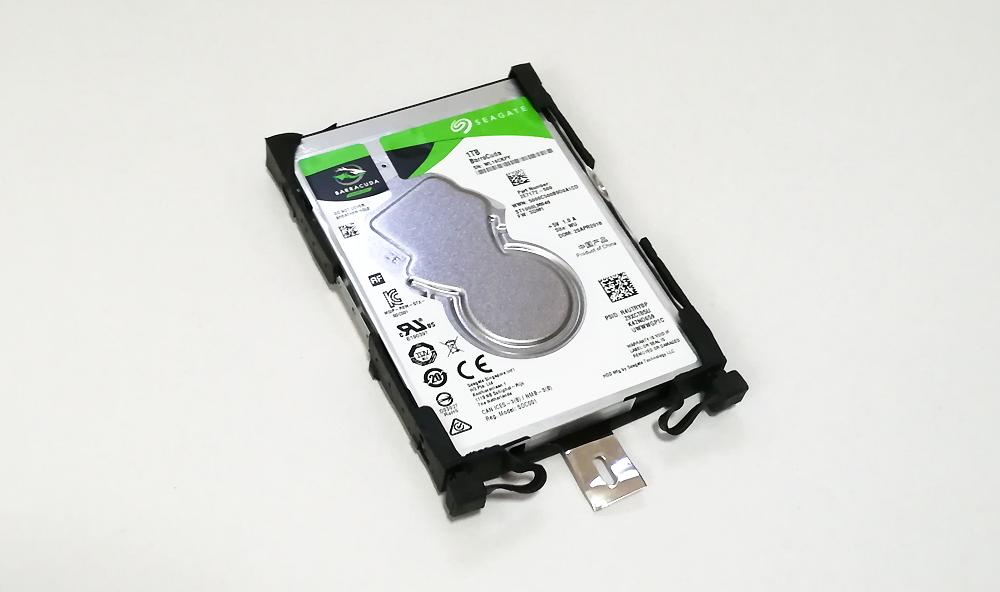 内蔵HDDを交換